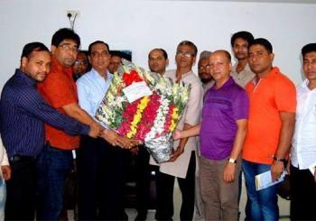 মার্কেন্টাইল ব্যাংকের চেয়ারম্যান নির্বাচিত হওয়ায় আকরাম হোসেন হুমায়ুনকে ওয়াইজেএফবি'র শুভেচ্ছা